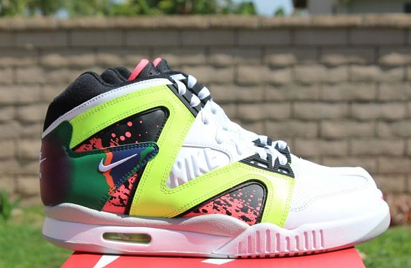 k-nike-air-tech-challenge-hybrid-neon-hot-lava4