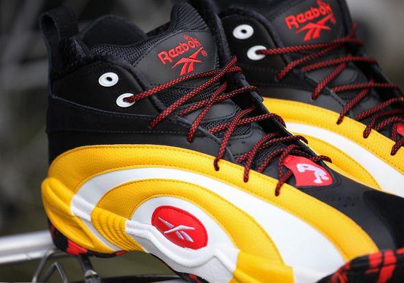 colección completa nuevos productos para numerosos en variedad Reebok Shaqnosis - Black/ Yellow-Red Release Info