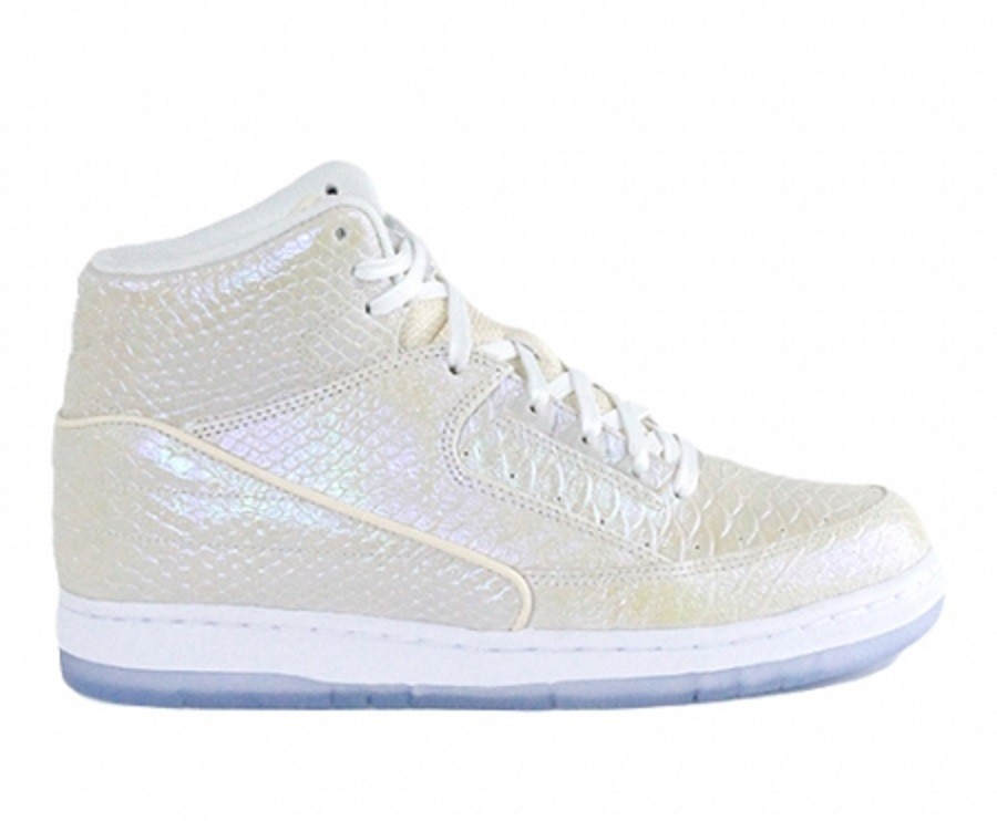 Nike Air Python PRM Pearlescent Release Info