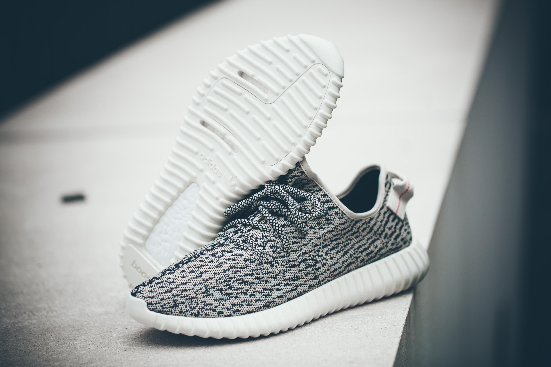kanye west x adidas yeezy boost 350 sneaker