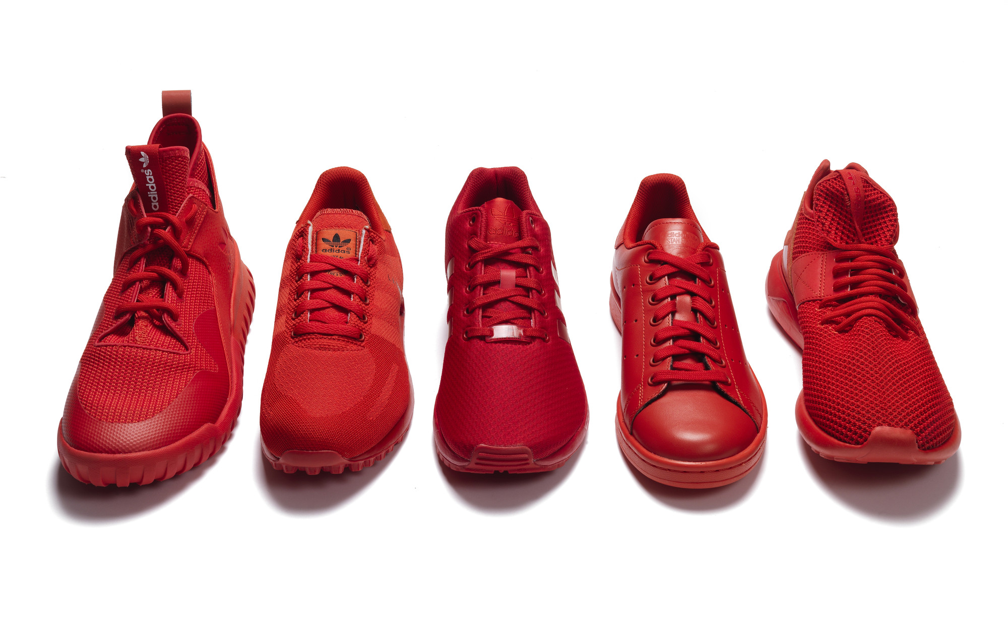 RS93045_Foot Locker_Red Collection_Adidas-lpr
