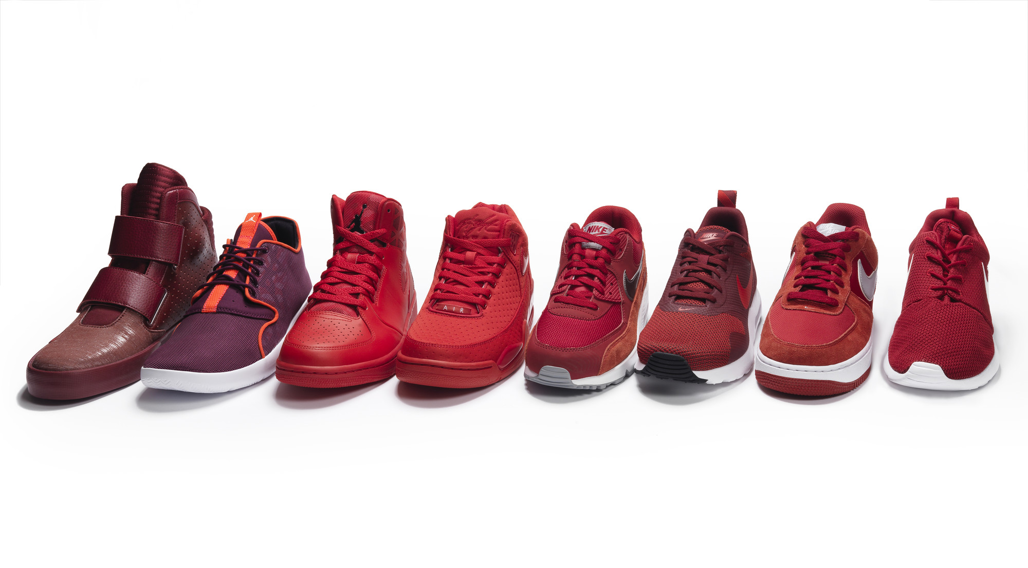 RS93046_Foot Locker_Red Collection_Nike-lpr