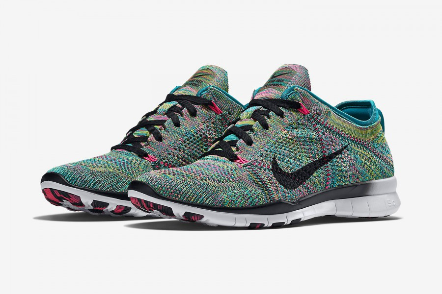 A Detailed Look At The Nike Free Train Force Flyknit