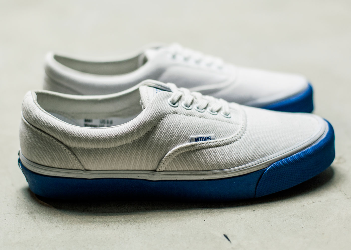 Vault-by-Vans-x-WTAPS_OG-Era-LX_White-Blue_side