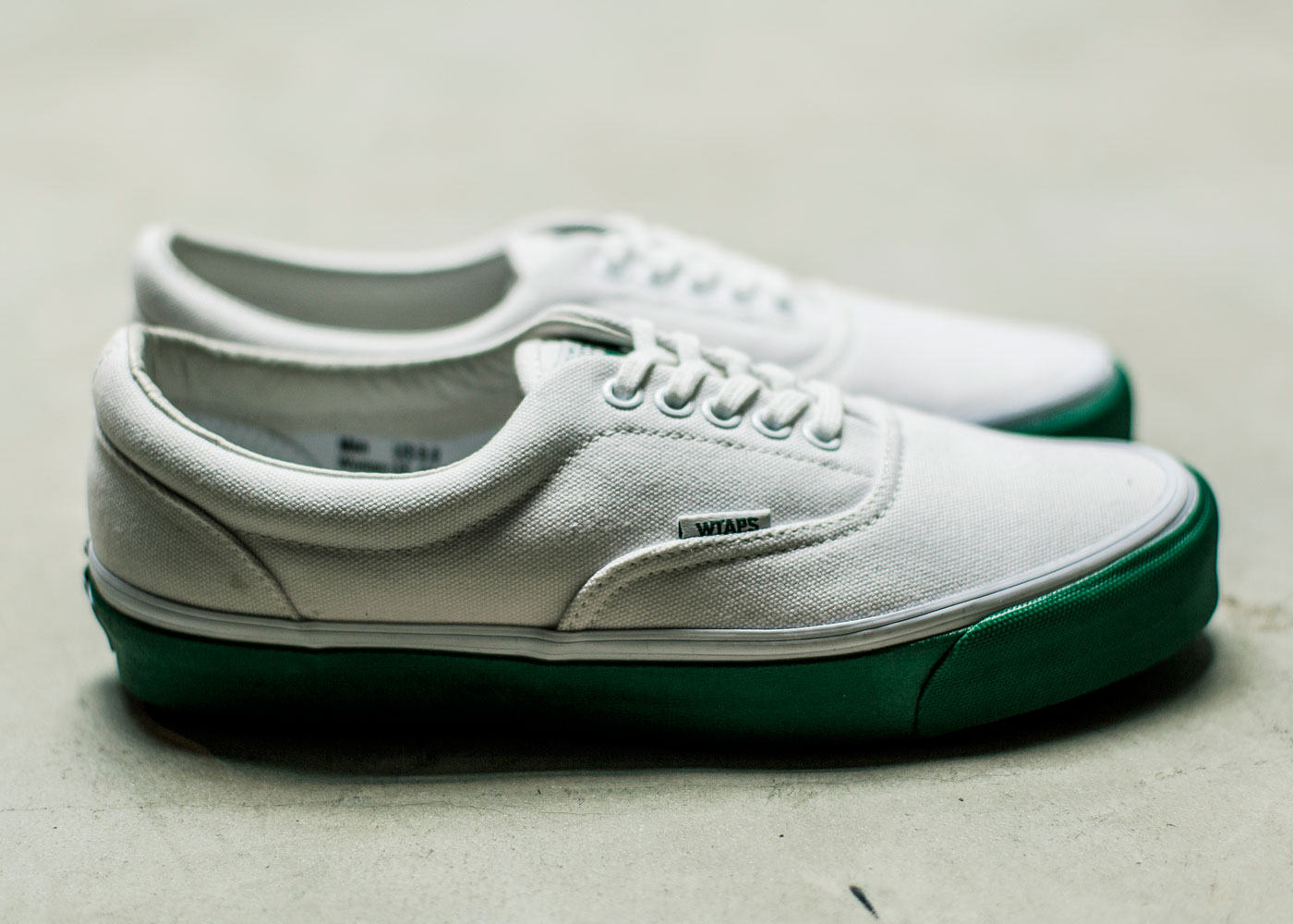 Vault-by-Vans-x-WTAPS_OG-Era-LX_White-Green_side