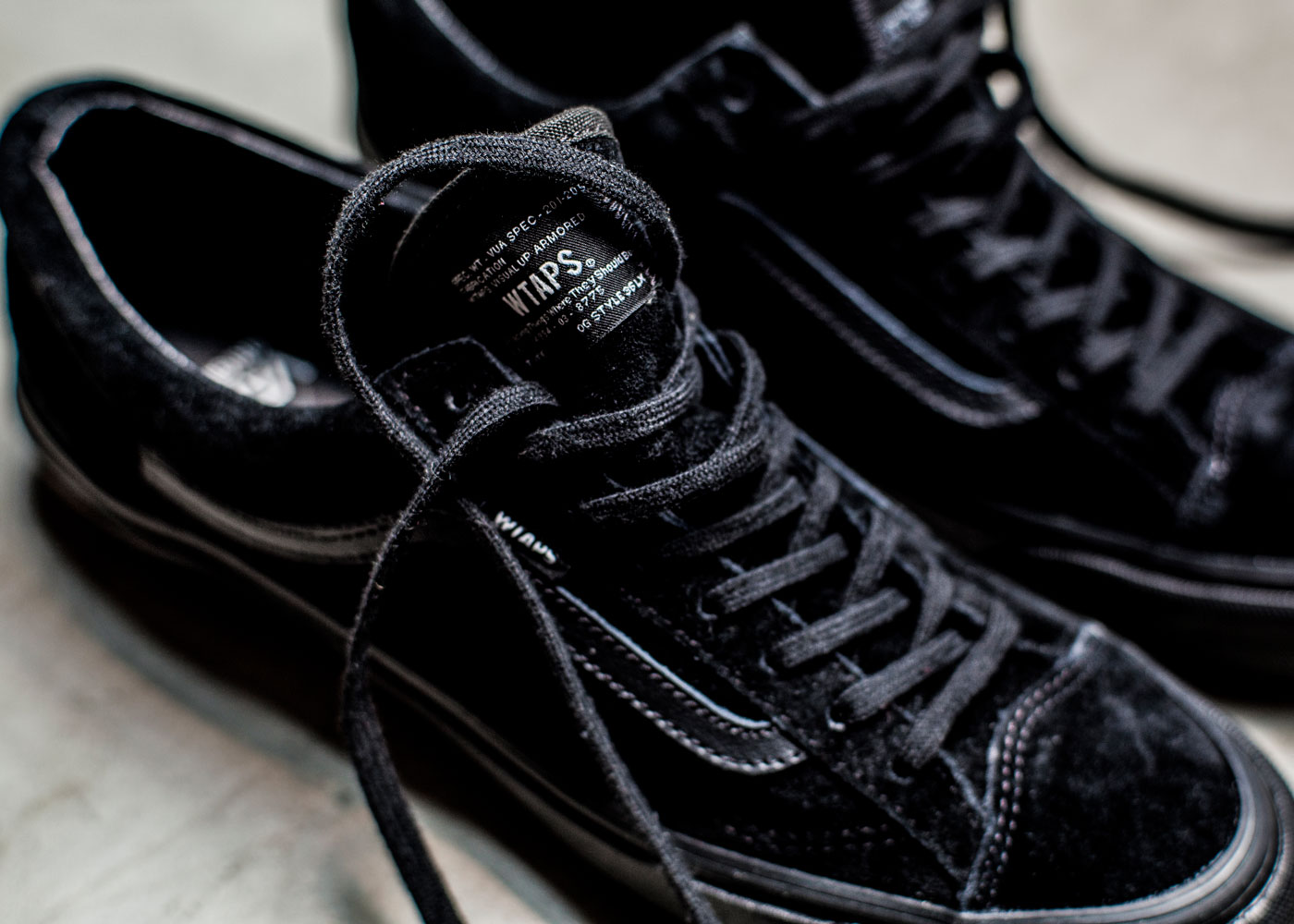 Vault-by-Vans-x-WTAPS_OG-Style-36-LX_close-up