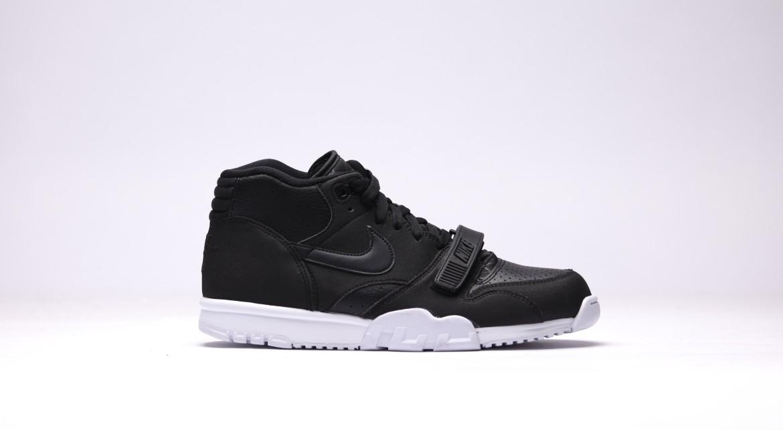 afew-store-sneaker-nike-air-trainer-1-mid-black-black-white-19