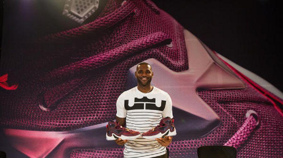 k-05_FA_Nike_LeBron13_280920152