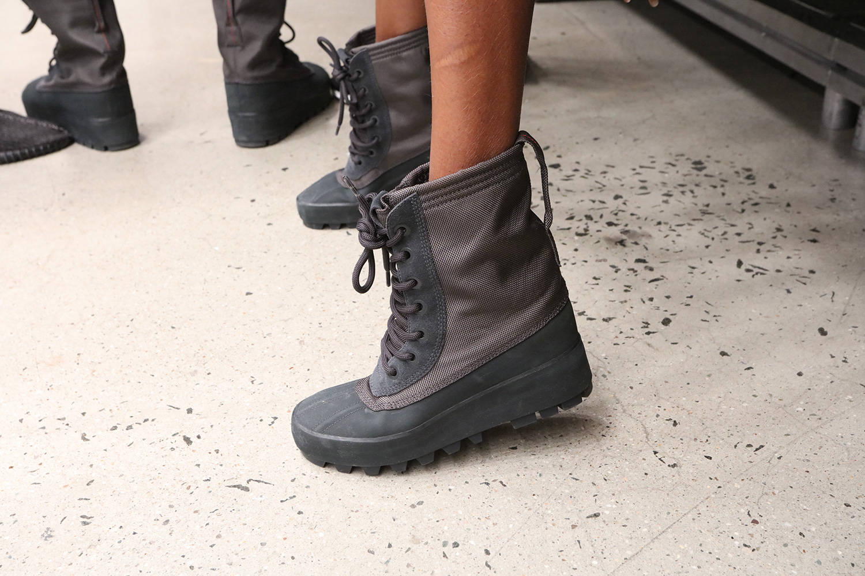 kanye-west-yeezy-season-2-footwear-collection-03