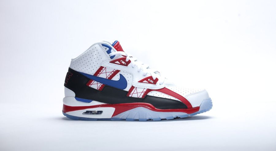 425855651ac670 Nike Air Trainer SC High LE QS Bo Knows Hockey ReleaseNike Air ...