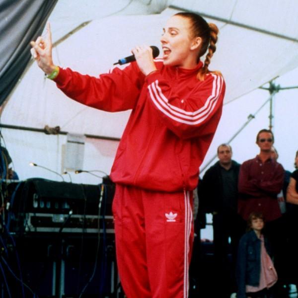 holding-1997