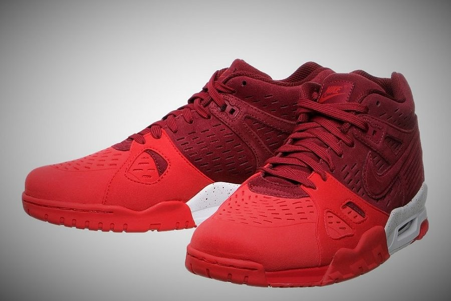 f179007c615b Nike Air Trainer 3 LE - Team Red  University Red-White Release Info