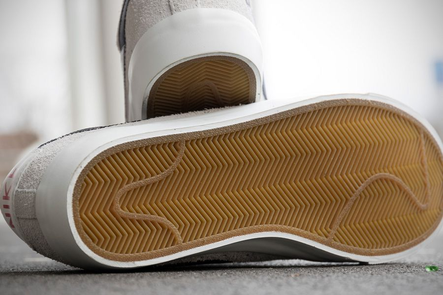 k-Nike-SB-Blazer-Low-GT-Summit-White-d1