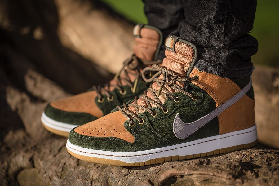 Nike SB Dunk High Archives - Sneakers