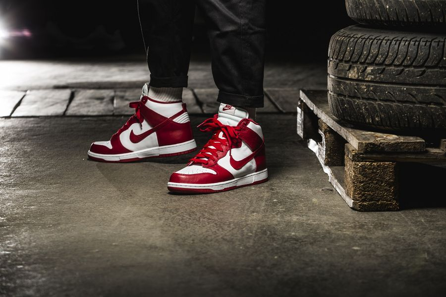 k-nike-dunk-retro-qs-rot-weiss-850477-102-mood-2