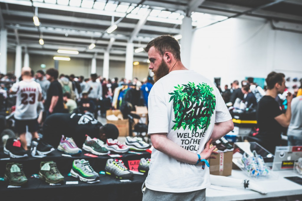 CREPECITY_FOR_SNEAKERSMAG_BY_KNUCKLERKANE_RECAP-30