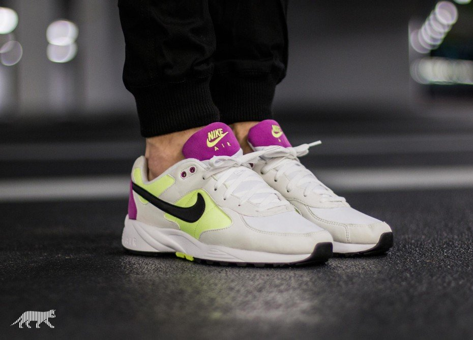xnike-air-icarus---sail-volt-purple-2.jpg.pagespeed.ic.7YNpTpjWLs