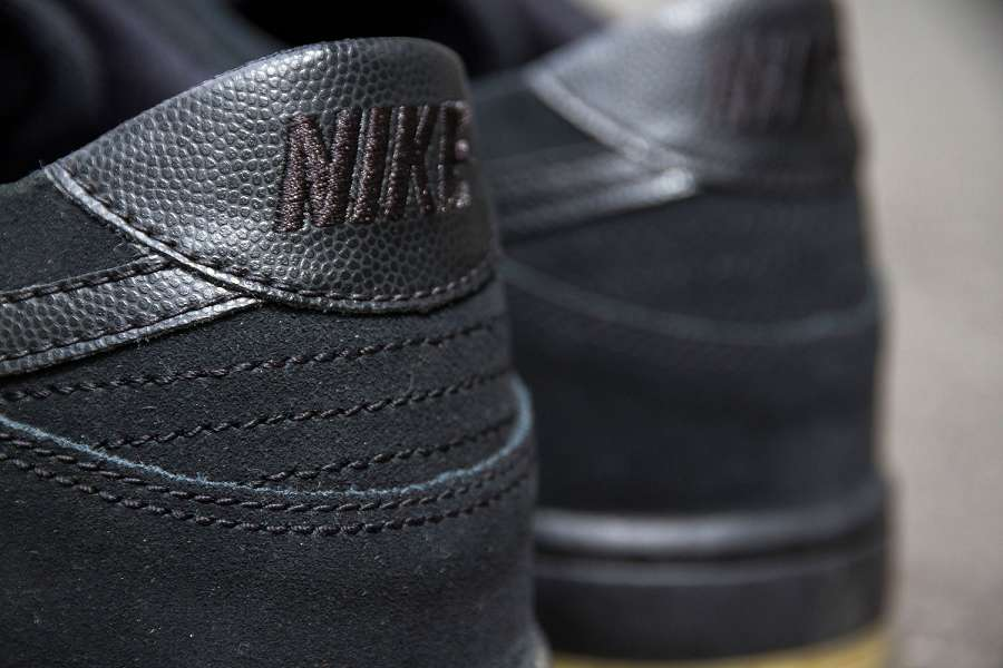 k-Nike-SB-Dunk-Low-Pro-IW-Black-Black-Gum-d2