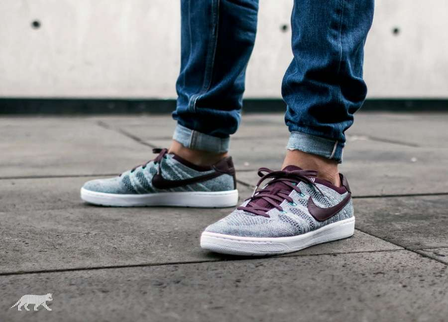 on sale b5f41 a0b62 Nike Tennis Classic Ultra Flyknit In Deep Burgundy/ White