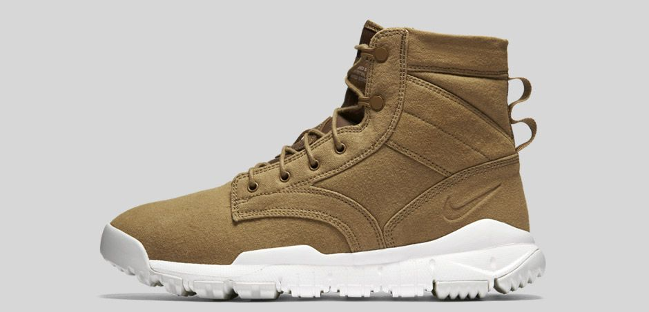 nike-sfb-field-canvas-boot-lateral-beige