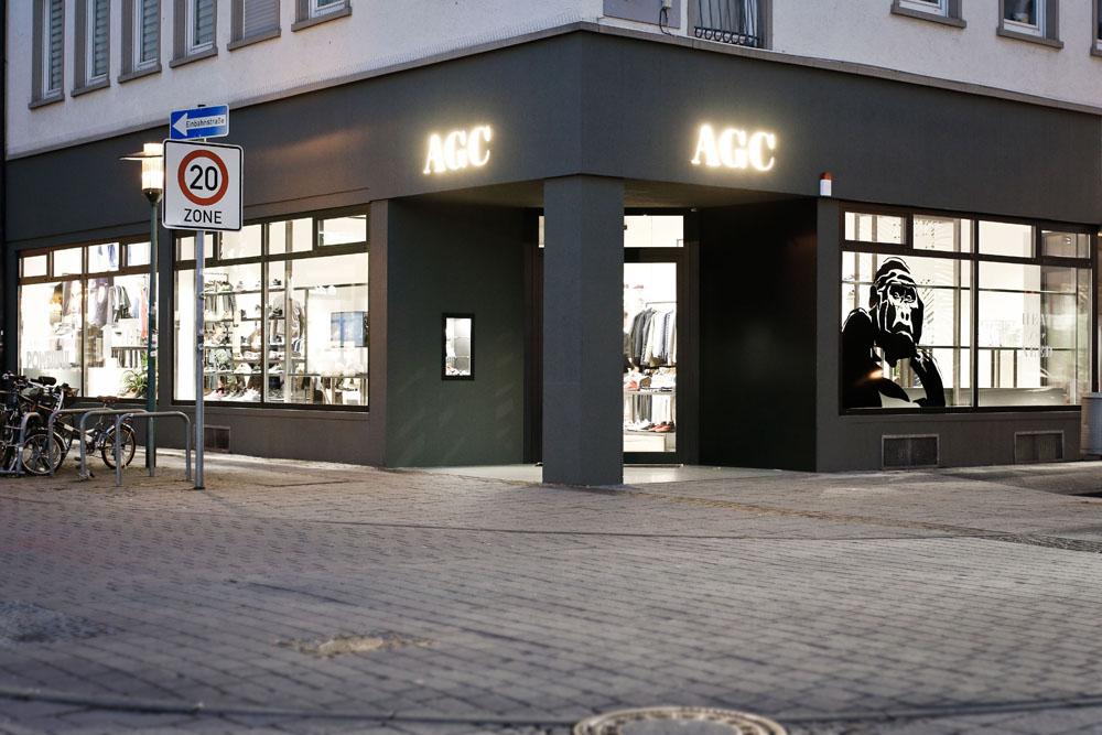 agc_store_view_night_1