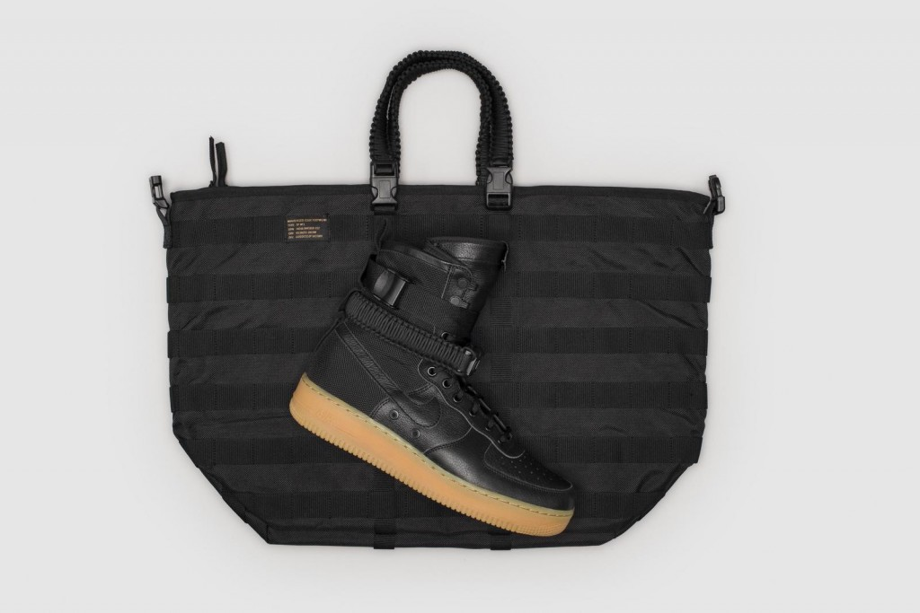 sf_af-1_footwear_tote_native_1600