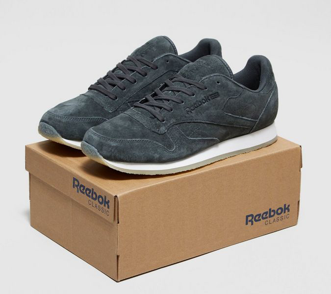 absorción cirujano prima  size? x Reebok – Classic Leather with Crepe Soles - Sneakers Magazine