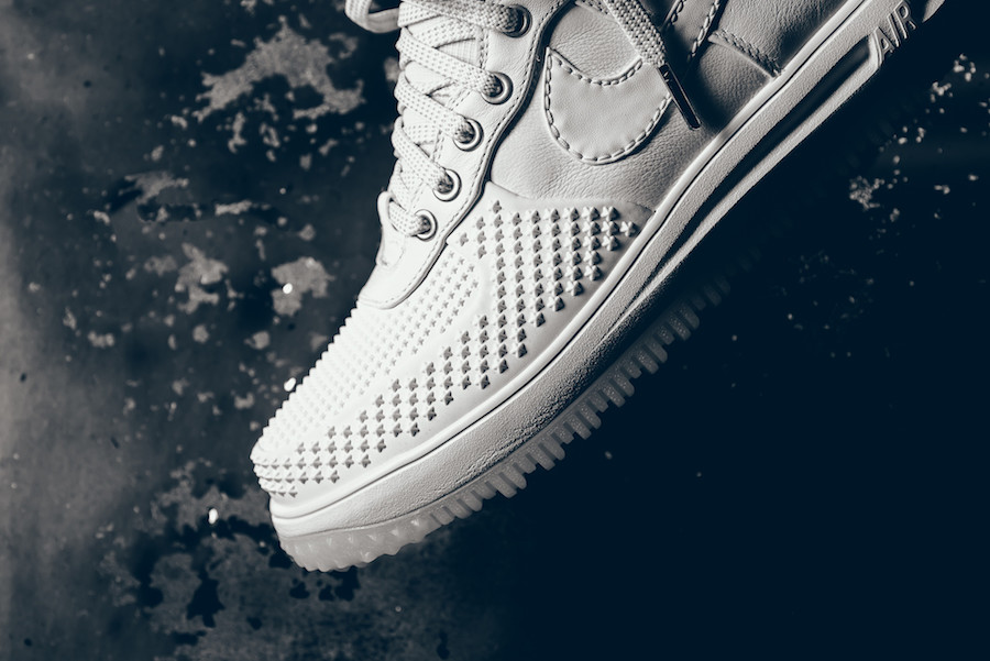 nike_lunar_force_1_duckboot_white_white_ice_3