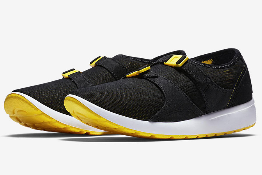 The Nike Air Sock Racer is back - Sneakers Magazine 810c6ae9d
