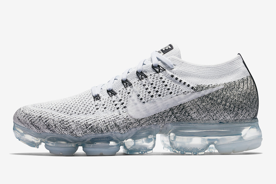 "d46c026902ba The Nikelab Air VaporMax Flyknit ""Oreo"" Is Coming"