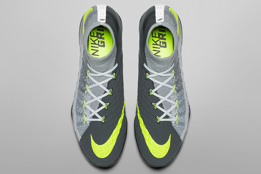3ef55bb556 The new Air Max-inspired boots are available in cleated and NikeFootballX  versions on Nike's website, and will be worn by professional players on  pitch this ...