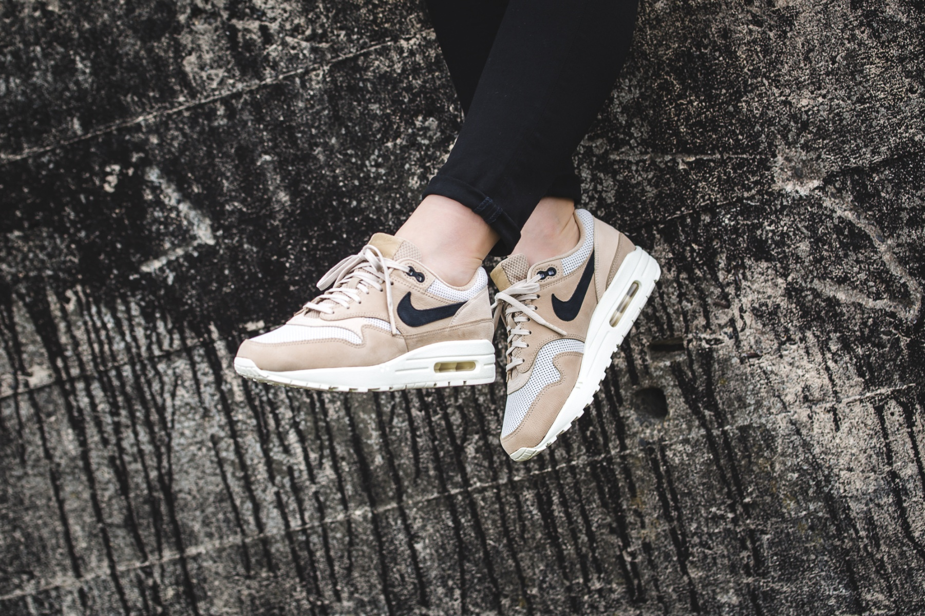 size 40 0465d 649d7 Nike WMNS Air Max Pinnacle – Store Overview