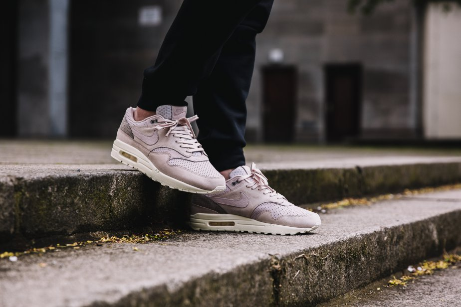 "new product bdcc5 8aad7 On Feet Look NikeLab Air Max 1 Pinnacle ""Pearl Pink"""