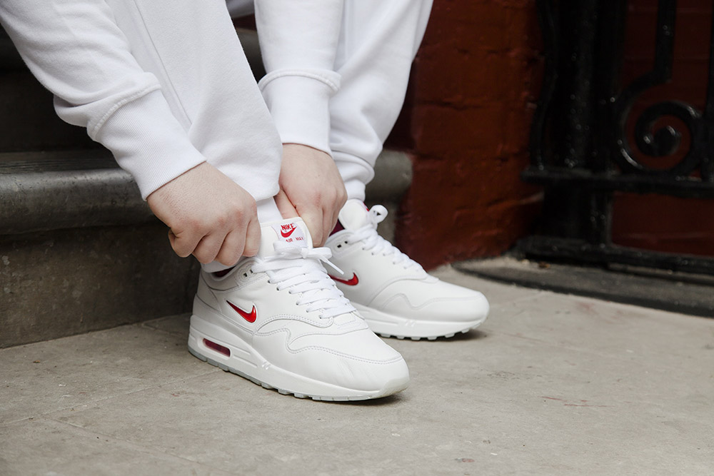 "Nike Air Max 1 ""Jewel"" White/University Red"