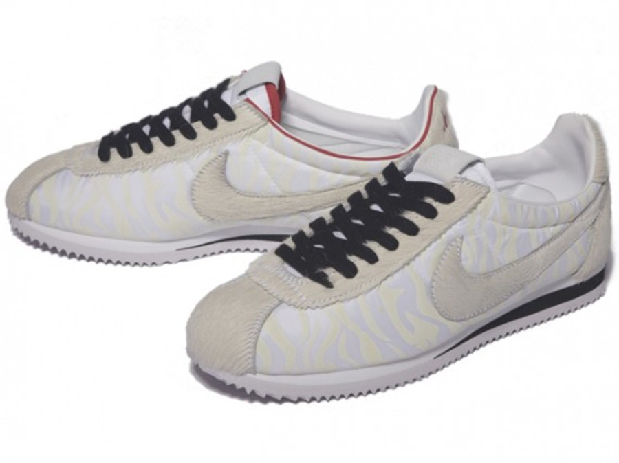 newest b502e cf035 In February 2010, the Chinese horoscope begins the Year of the Tiger, and  Nike is on board to celebrate with a special edition of the Cortez that has  been ...