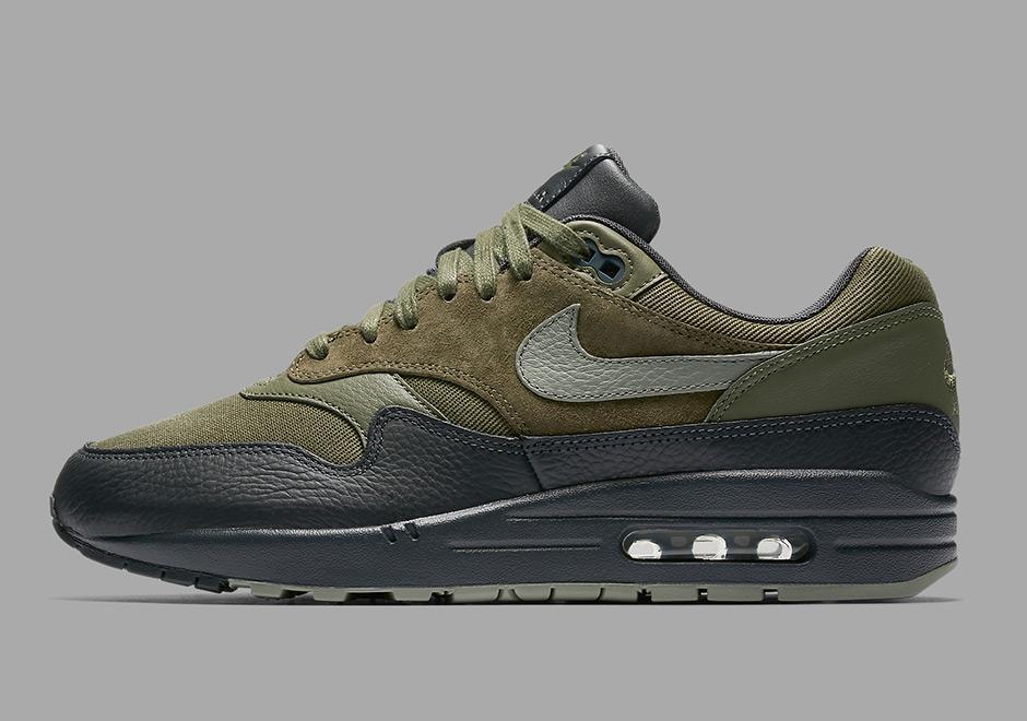 36972a112e Nike Air Max 1 Premium