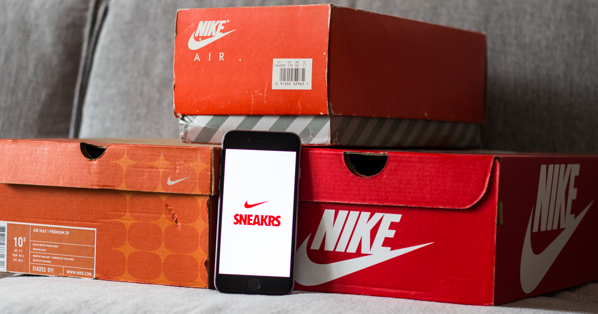how to get nike sneakers app