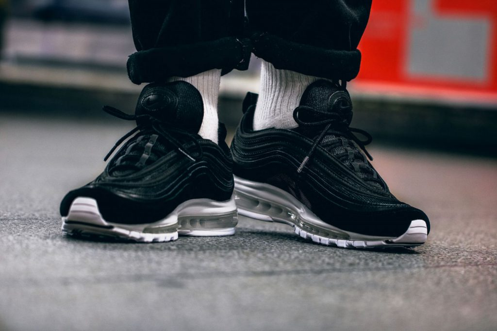 nike air max 97 black black white
