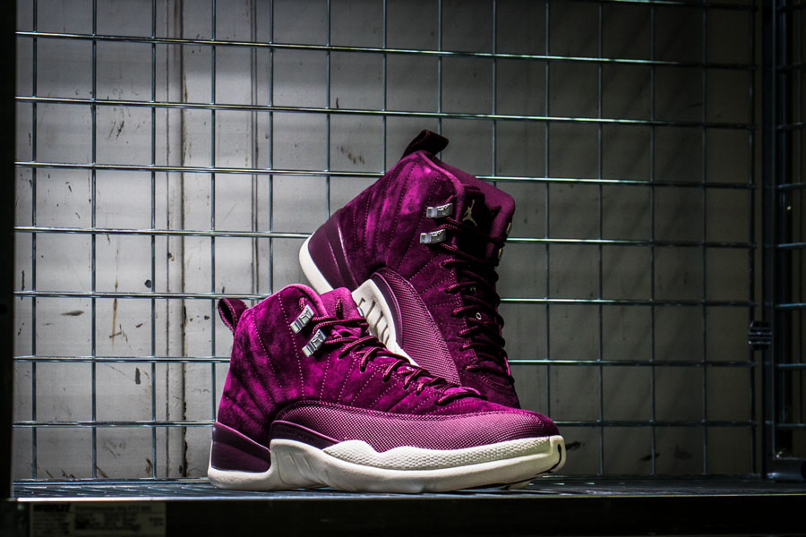 Nike Air Jordan 12 Retro Burgundy (Look)