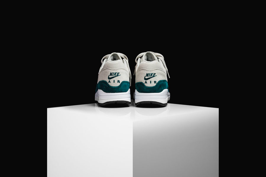 Nike Air Max 1 Jewel Atomic Teal (Back)