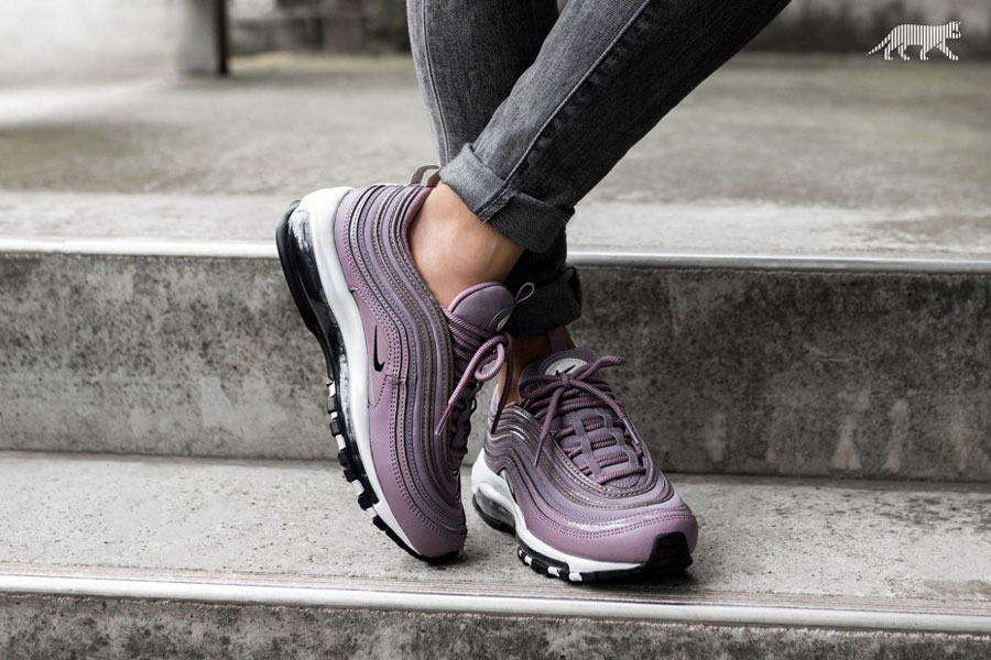 Sneaker Releases October 2017 - Nike WMNS Air Max 97 Premium Taupe