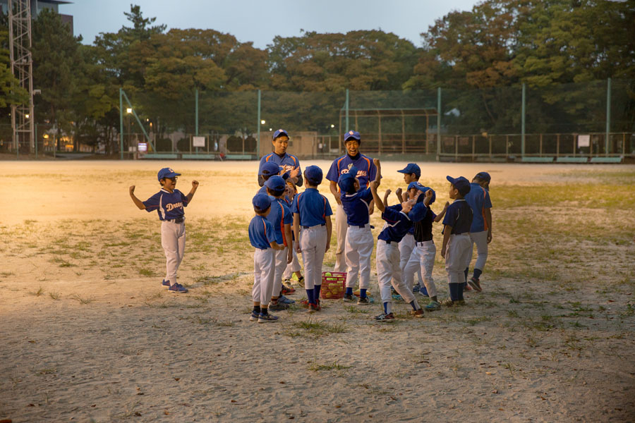 size? x ASICS TIGER GEL-Lyte OG Japanese Baseball (Baseball pitch)