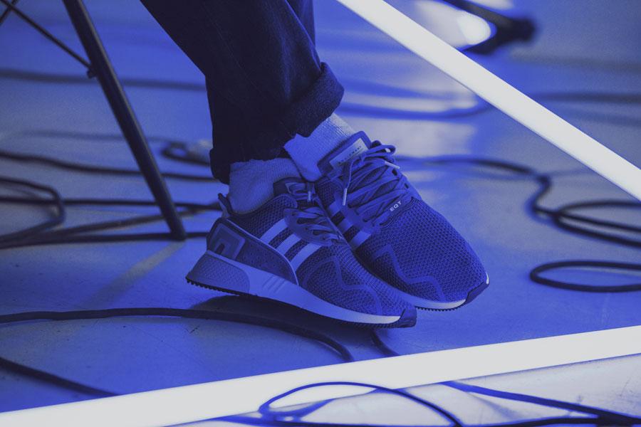 adidas EQT Cushion ADV Blue 95 - Grey (On feet)