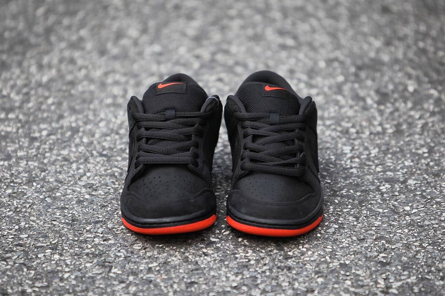 Nike SB Dunk Low Black Pigeon (Front)