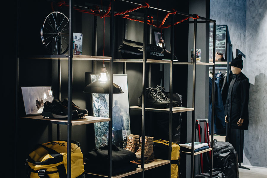 The North Face Berlin - Urban Exploration Store (Footwear)