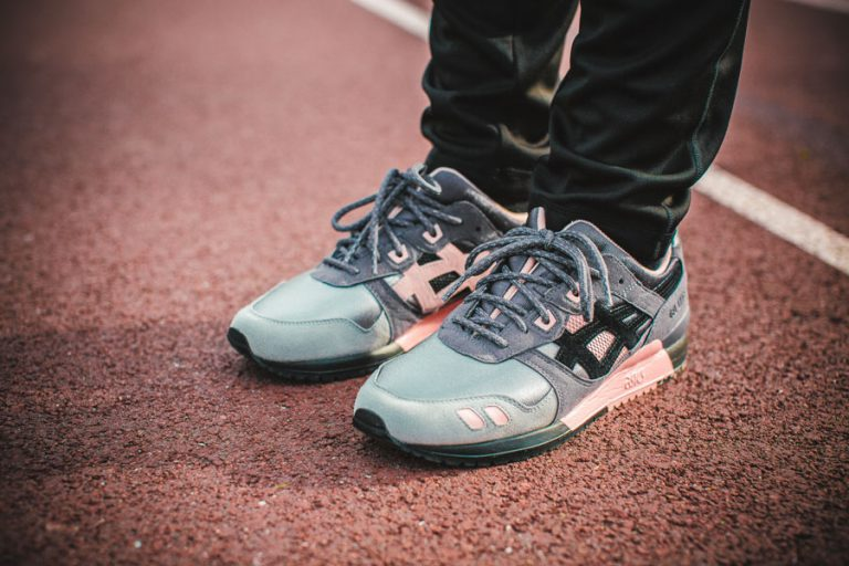 Woei x ASICS GEL-LYTE III (On feet)