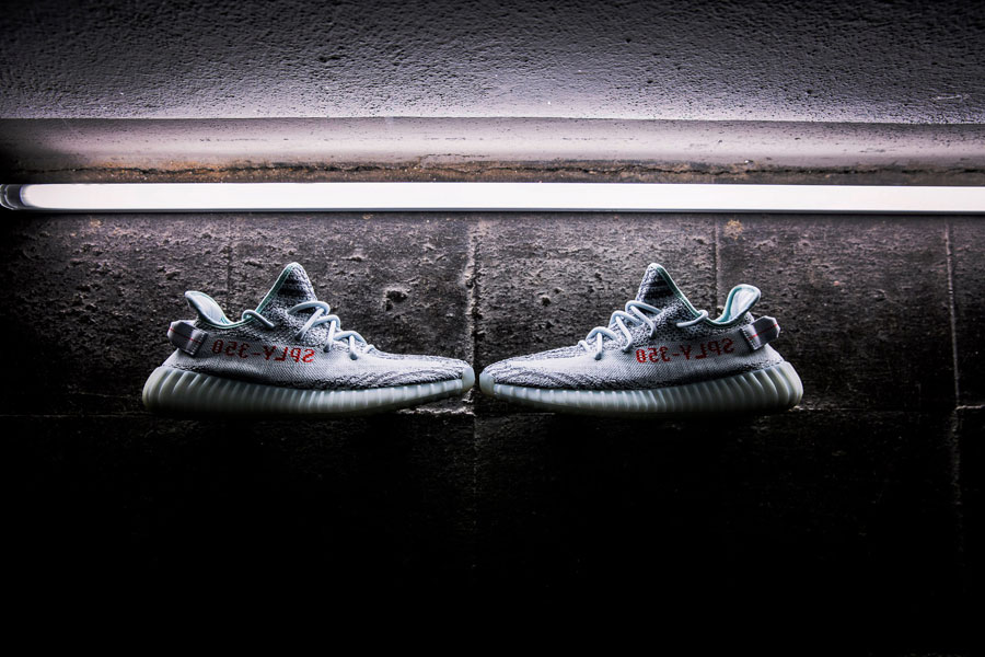 adidas YEEZY BOOST 350 v2 Blue Tint - Side