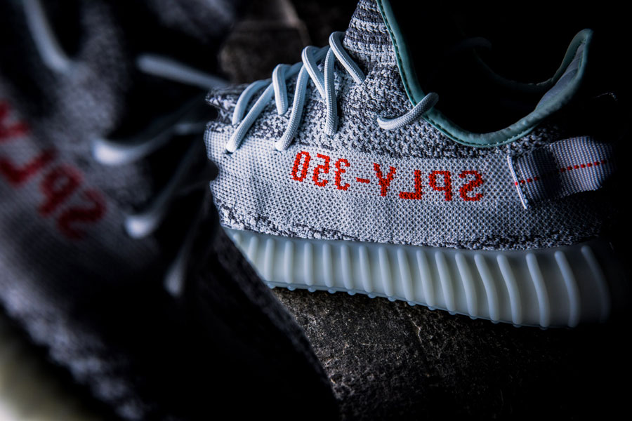 adidas YEEZY BOOST 350 v2 Blue Tint - SPLY