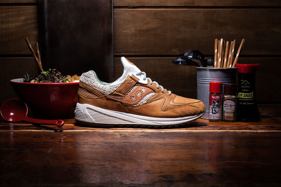 Saucony Grid 8500 Ramen (Side)