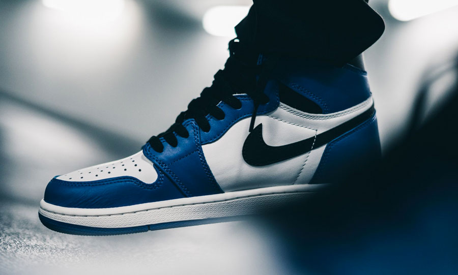 Nike Air Jordan 1 Retro High OG Game Royal (555088-403) - Swoosh